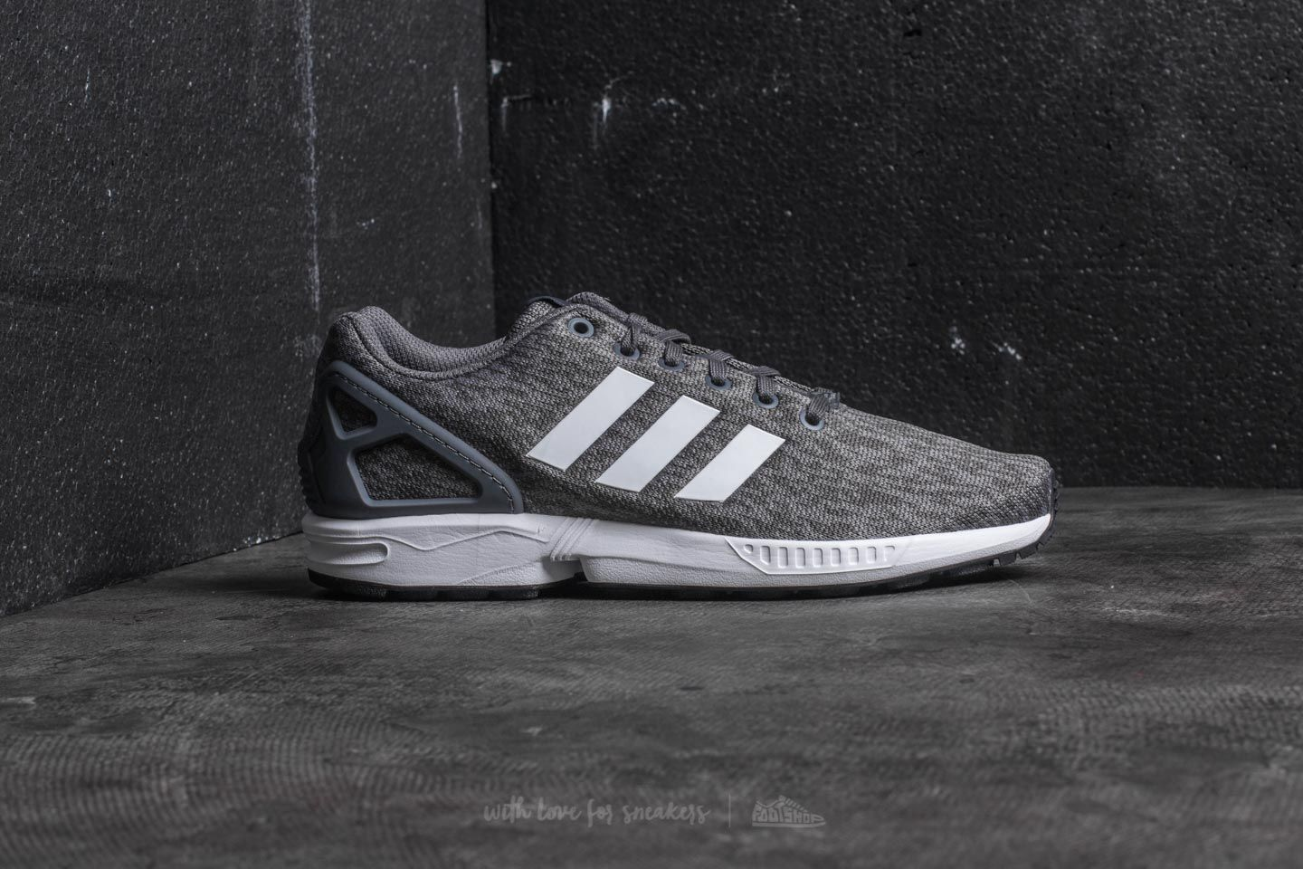 e491ee561ee7e ... australia adidas zx flux grey five ftw white core black at a great  price 59a06 9256b