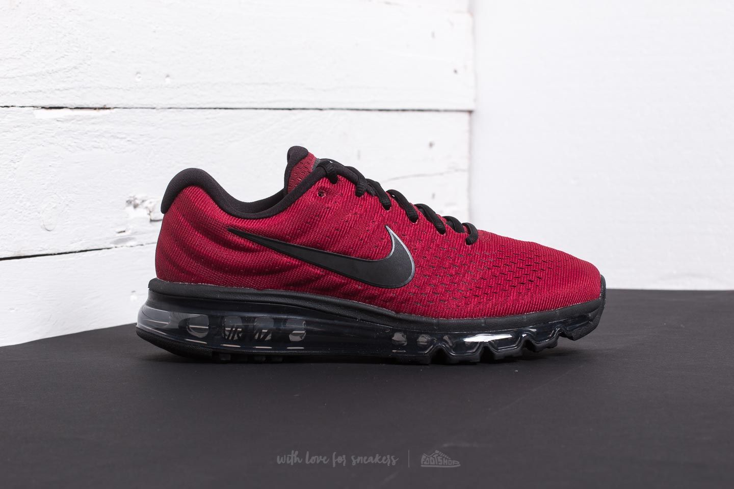 super popular 79000 ec43c cheap air max red and black b31e8 a152b