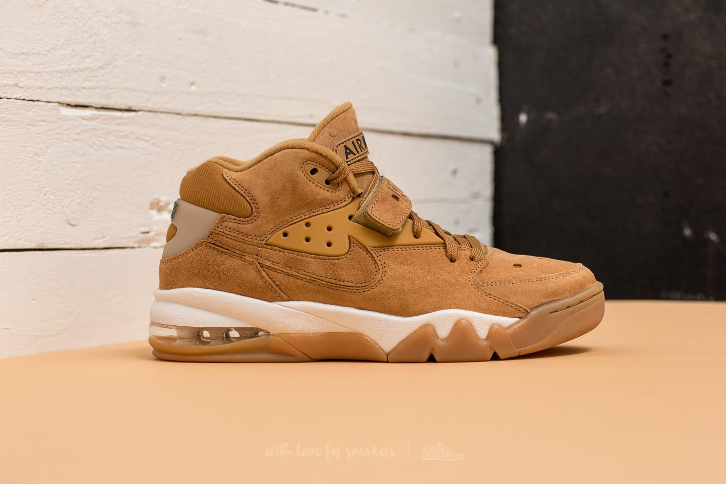 Nike Air Force Max Premium Flax/ Flax-Phantom at a great price £134