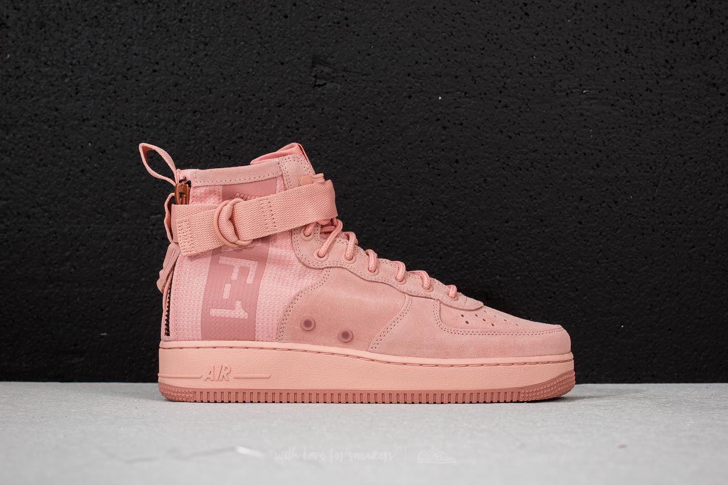 Nike SF Air Force 1 Mid Suede Coral Stardust/ Red Stardust u6JGLft3K