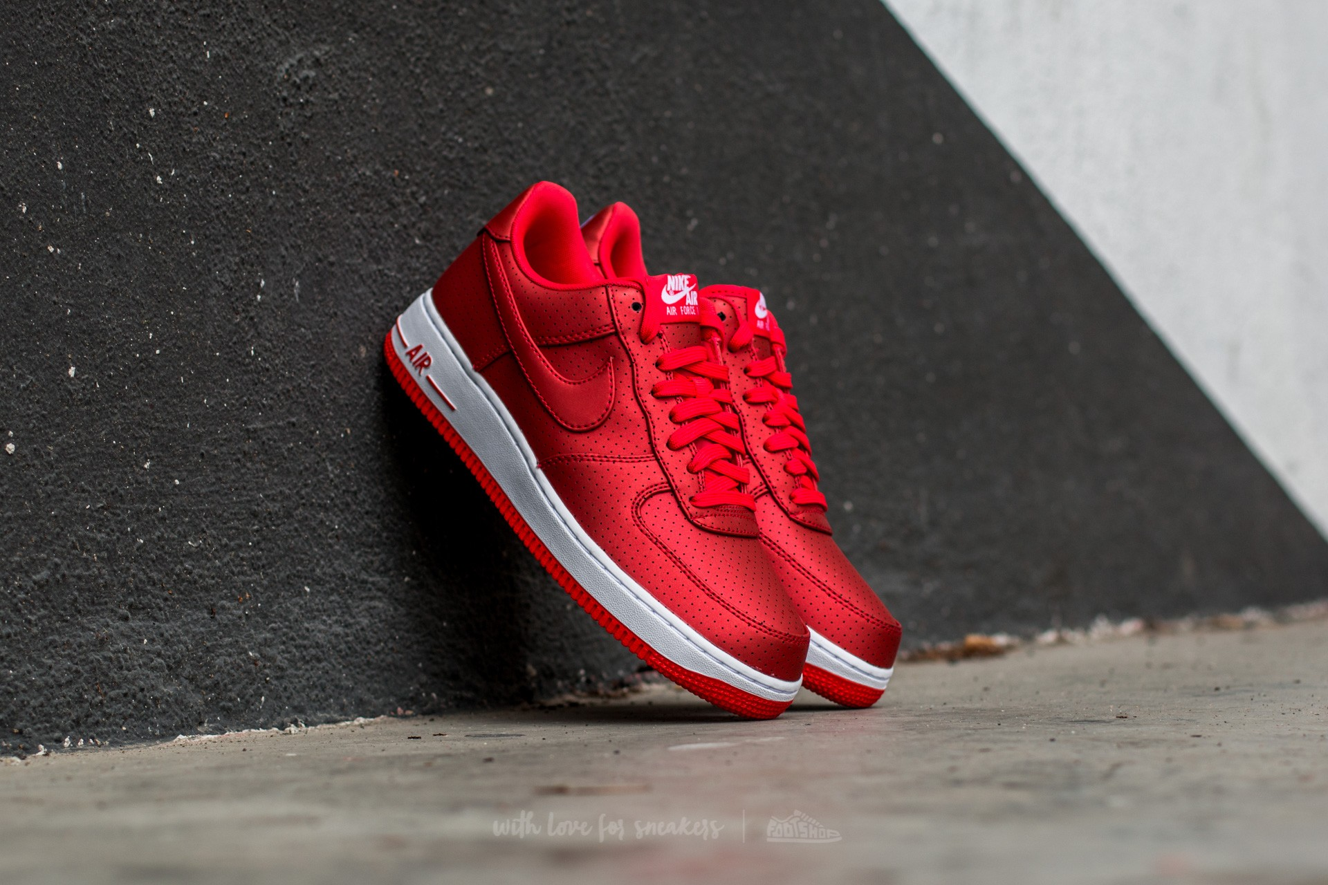 the latest 308e8 66995 top quality nike air force 1 red lv8 bf7ca edc04