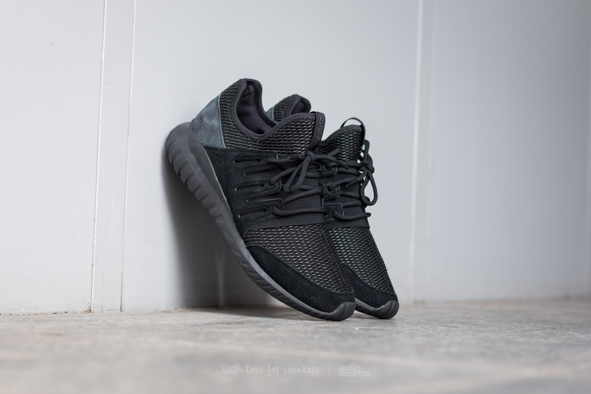 Adidas Tubular Runner Triple Black On feet