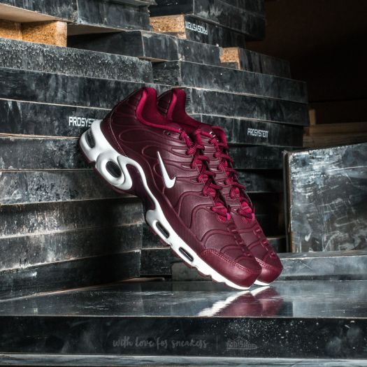 nike air max plus tn ultra noble red port wine at a great
